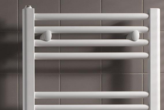 Radiatori da bagno un design moderno per il riscaldamento del bagno arbonia - Termoarredo per bagno 6 mq ...